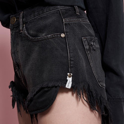 ONETEASPOON - DOUBLE BASS MID WAIST ROLLERS - DENIM SHORT